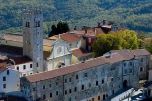 The Communal Palace