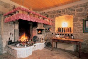 Traditional cuisine: špaleta, ombolo, kobasice