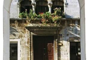 The Parisi-Gonan Palace