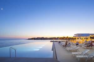Aminess Maestral Hotel Beach