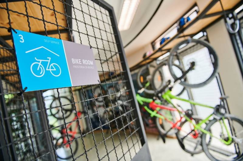 The Cyclists Peninsula Unlimited Freedom On Two Wheels Sports And